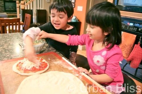 Top 10 kid-friendly kitchen tasks - topping pizzas