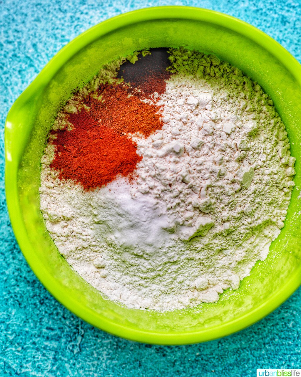 dry flour mix for apple cinnamon donuts