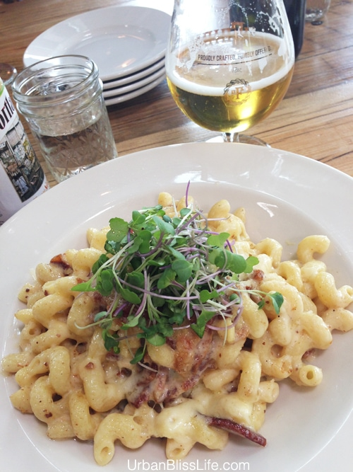 Portland to Hood River: mac and cheese at pfriem