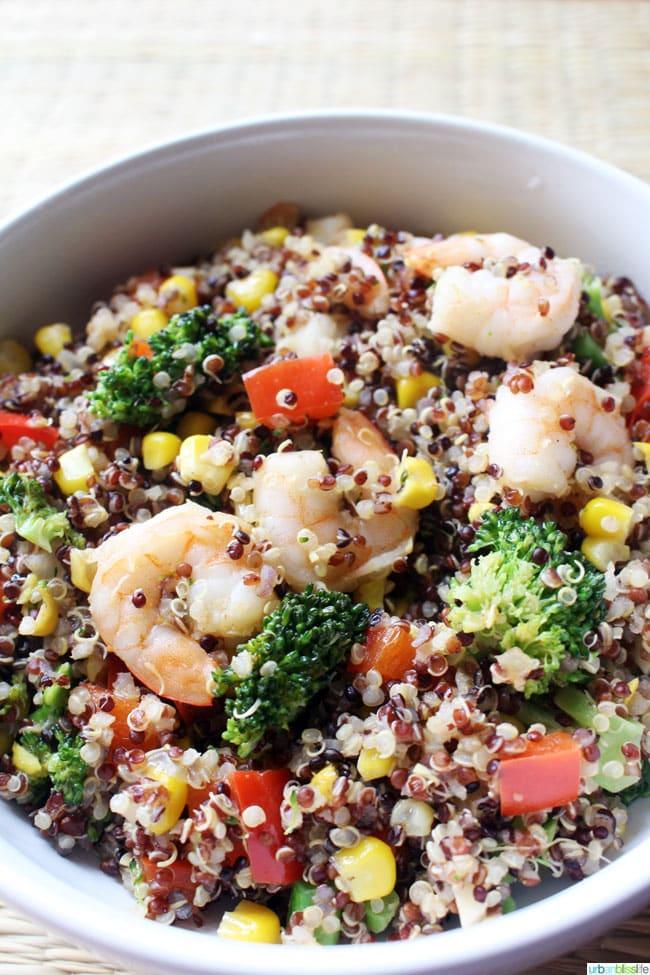 Shrimp Quinoa Bowl with Mixed Veggies recipe on UrbanBlissLife.com