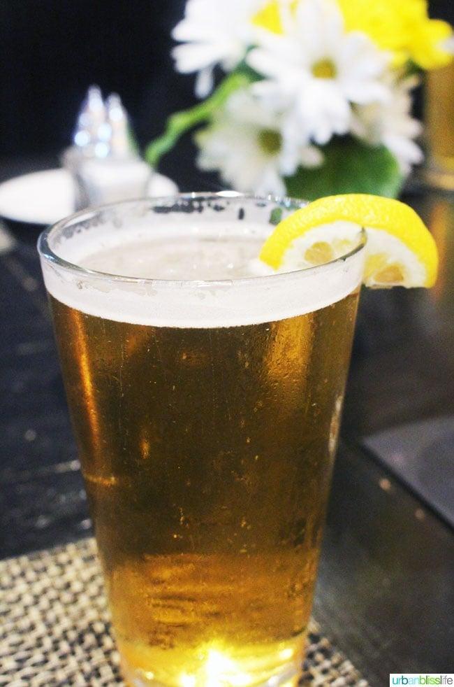 pint of pale beer