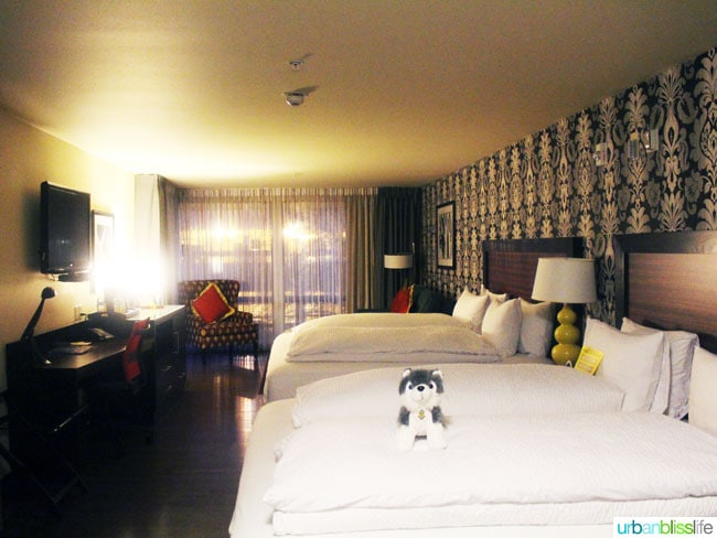 the maxwell hotel seattle guest room