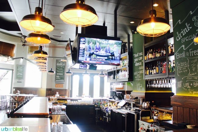 Victoria BC restaurants: 10 Acres Commons Bar