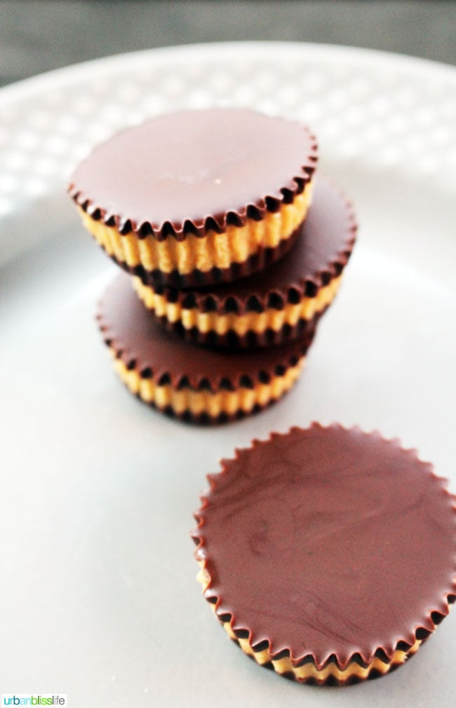 Easy Homemade Healthy Peanut Butter Cups on UrbanBlissLife.com