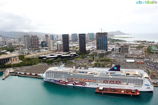 oahu helicopter tour view of cruise ship