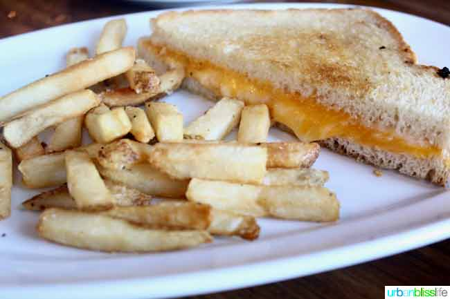 grilled cheese at Sisters Saloon