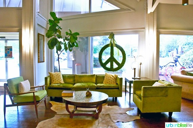 Ashland Hills Hotel and Suites green furniture lobby