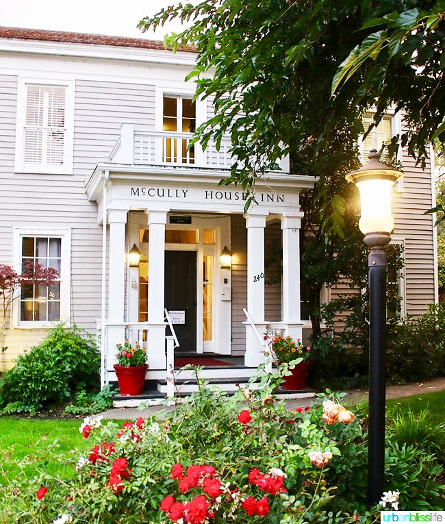 McCully House in Jacksonville, Oregon
