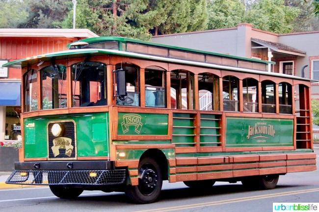 Trolley in Jacksonville, Oregon