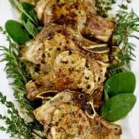 Easy weeknight meal: Cider-glazed pork chops recipe on UrbanBlissLife.com