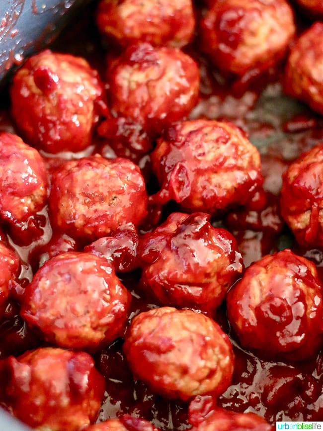 Cranberry Meatballs Party Appetizer recipe on UrbanBlissLife.com
