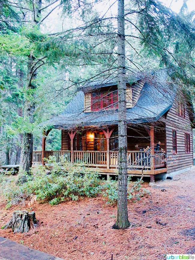 Cabins at Suttle Lodge in Sisters, Oregon