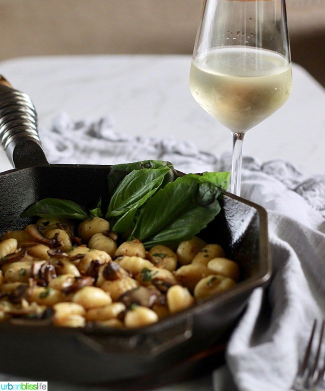 Skillet Gnocchi with Mushrooms and white wine