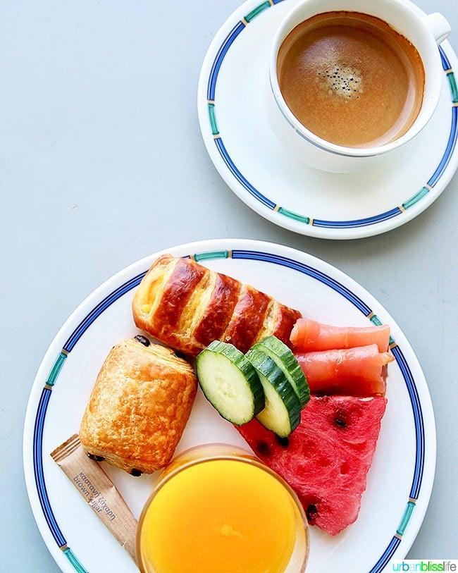 Hilton Athens breakfast executive suite level