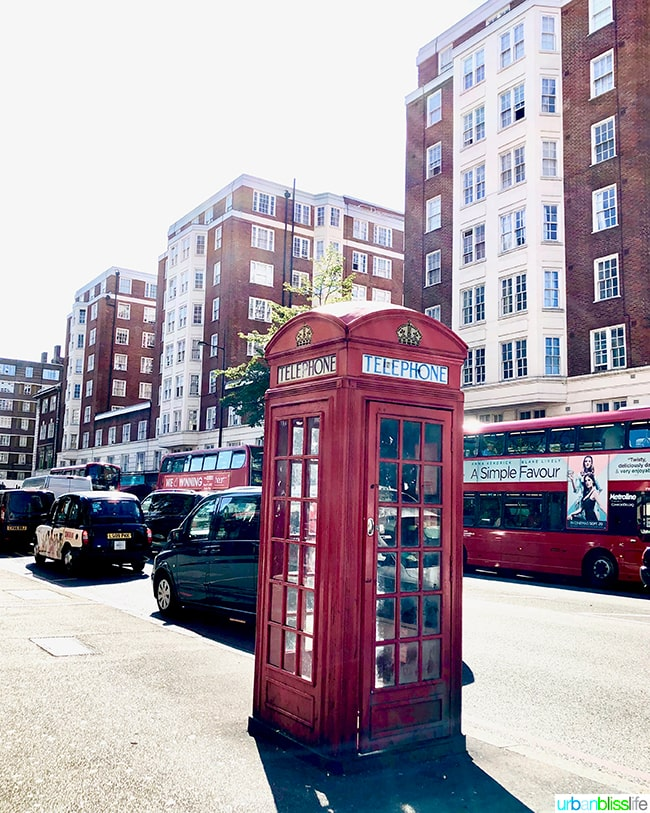 iconic London red telephone booth