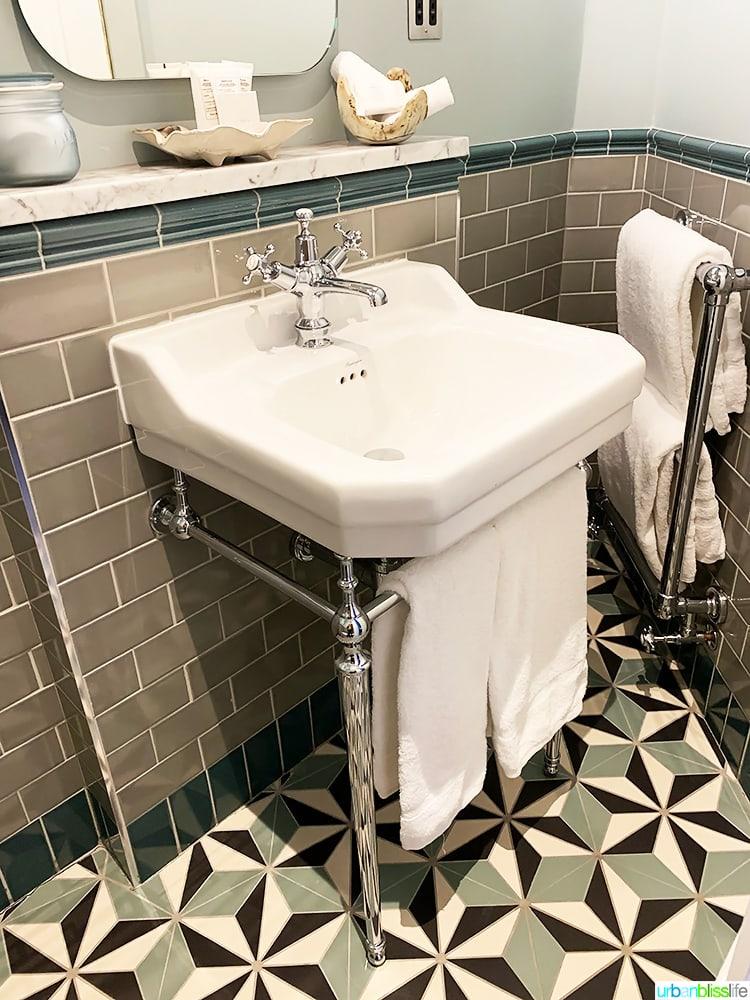 bathroom sink in Wilder Townhouse, Dublin