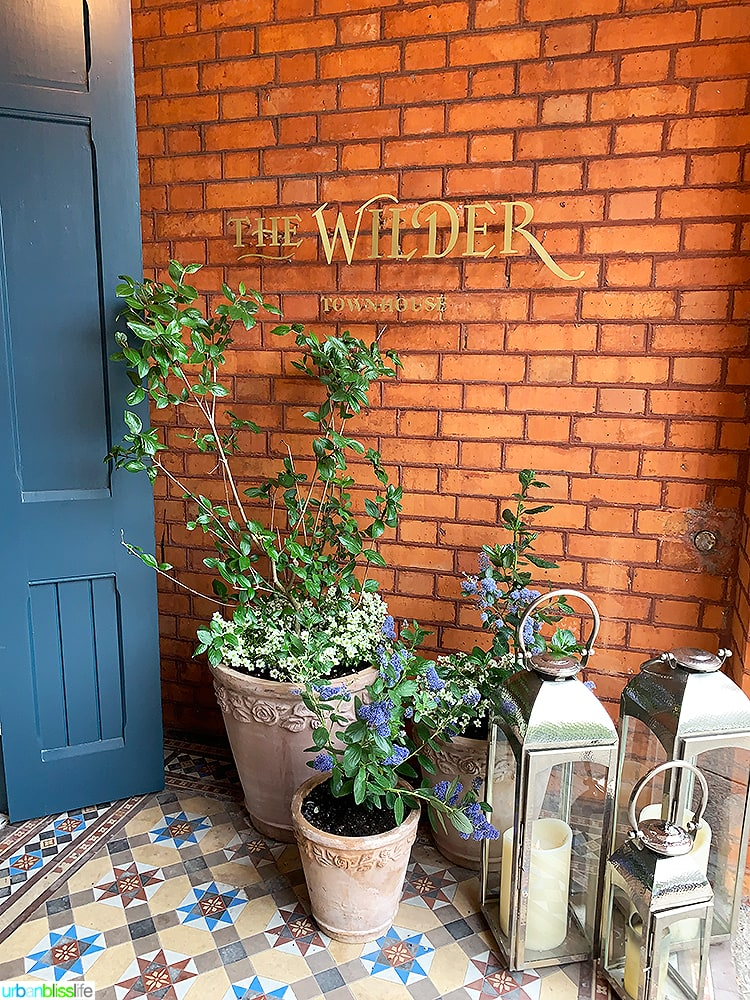 foyer flowers at Wilder Townhouse