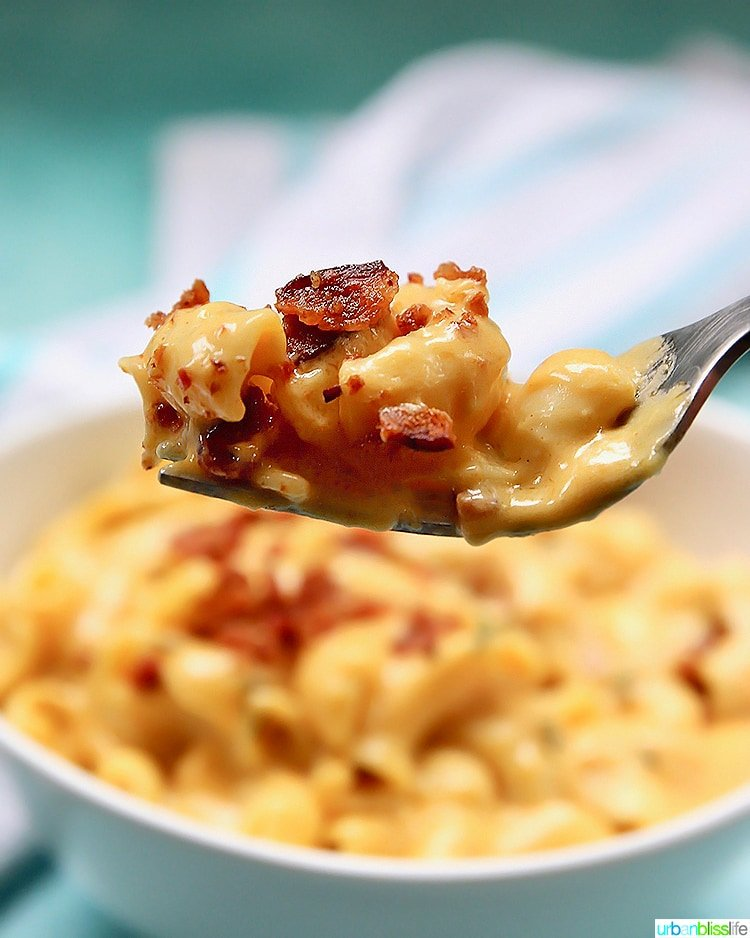 Dairy-Free-Mac-and-Cheese-fork