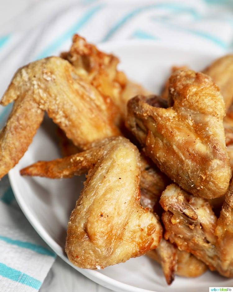 side shot of crispy air fryer chicken wings