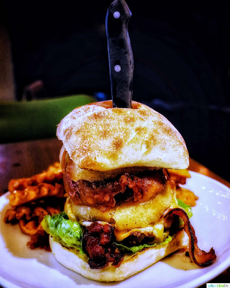 527 burger at brix grille, one of my fave restaurants in roseburg
