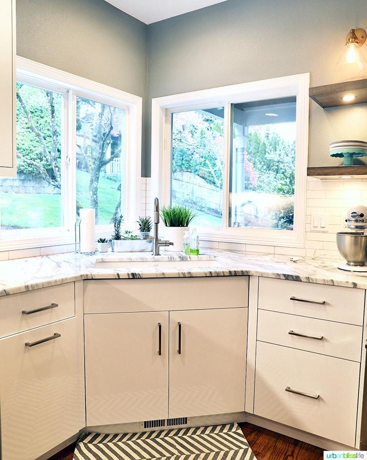kitchen corner with sink