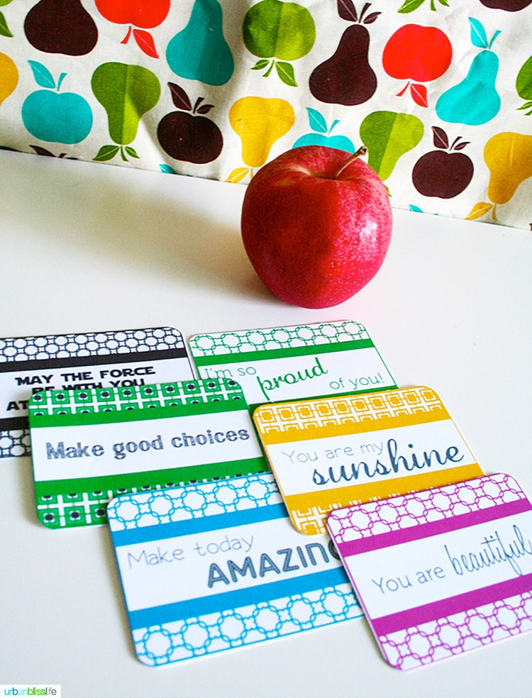 lunchbox love notes with an apple