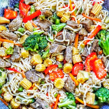 wok with noodles and veggies beef lo mein